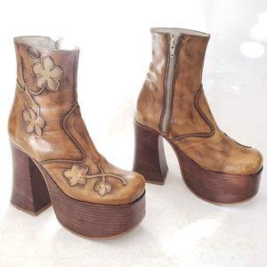 El Dantes Platform Boots Gorgeous 🌸Size E36/C37